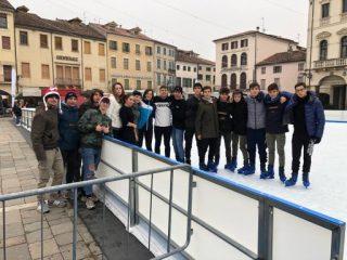 5Asp in pista di pattinaggio, Piazza Maggiore, Este; A.S. 2020/2021
